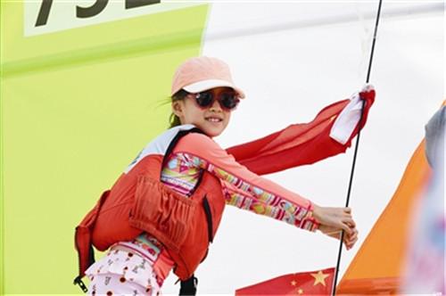 中国家庭帆船赛在青收帆新颖赛事引来赞誉一片